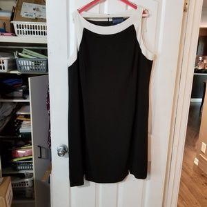 Size 22 shift dress with cream trim